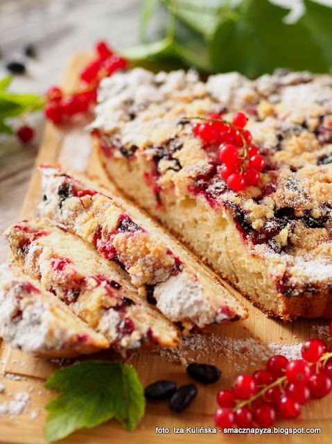 placek jogurtowy, ciasto z owocami, porzeczki czerwone, ciasta domowe, moje wypieki, ciasto na niedziele,