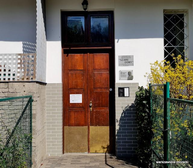 Warszawa Warsaw szare domy różowa spółdzielnia architektura architecture szara cegła modernizm Mokotów