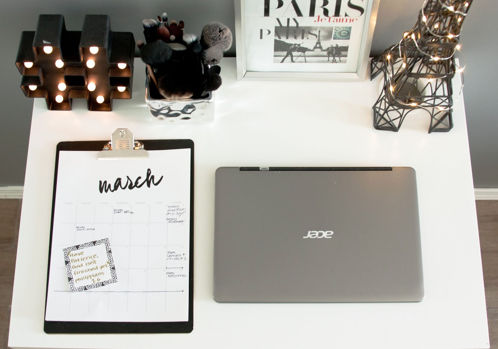 close up of the laptop and clipboard