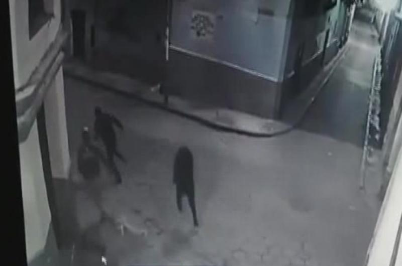 Los atracadores interceptaban a personas solas o parejas / IMAGEN REFERENCIAL