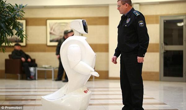 بعد الصين.. روسيا تعين روبوتا في محطة المترو