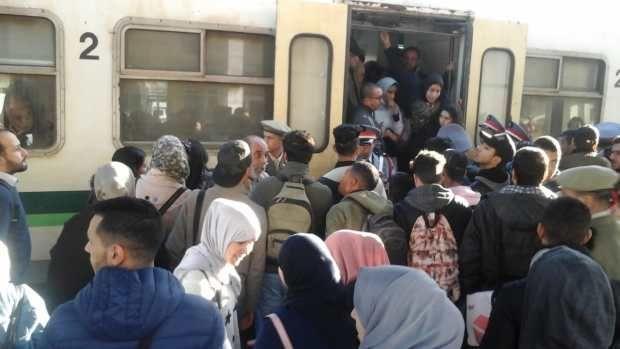 لخليع يستعين بالدرك لتفريق احتجاجات عارمة ضد قطاراته