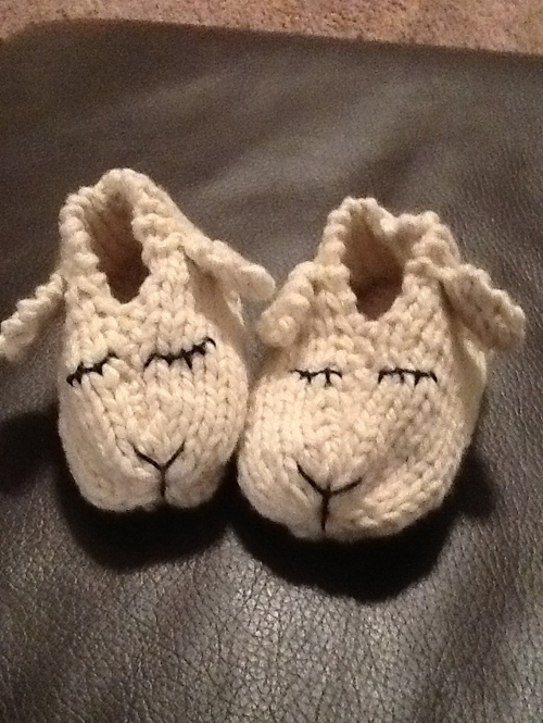 Lamb Shoes - Knitting Pattern