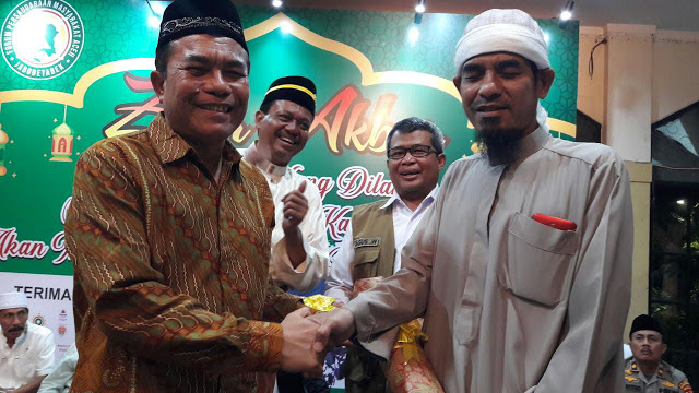 Warga Aceh Beri Penghargaan Untuk FPI Apresiasi Bantuan Kemanusiaan