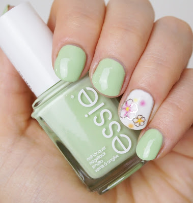 Essie - Going Guru (Resort 2016)