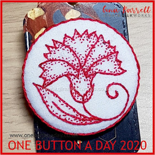 One Button a Day 2020 by Gina Barrett - Day 170 : Dianthus