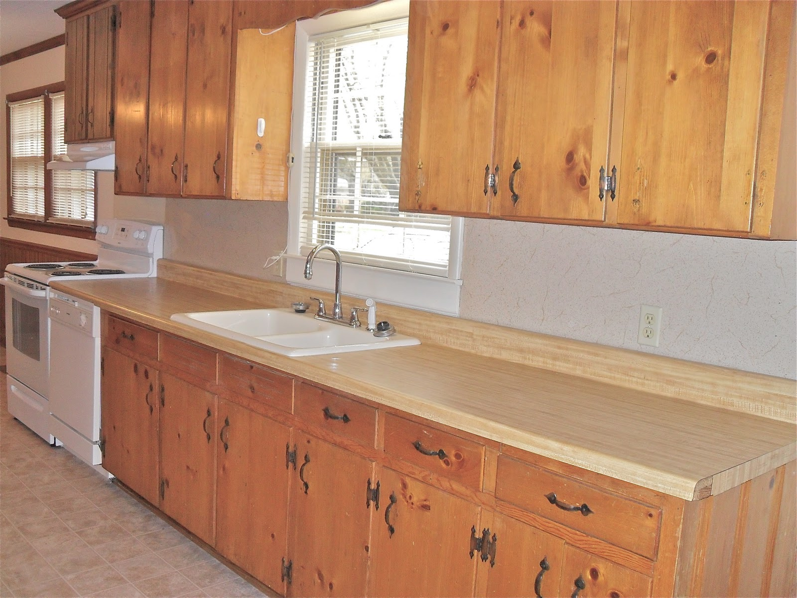 If You Look Closely You Can See The Cabinet Over The Stove Is Actually  Paneling Instead Of Real Wood   Tricky