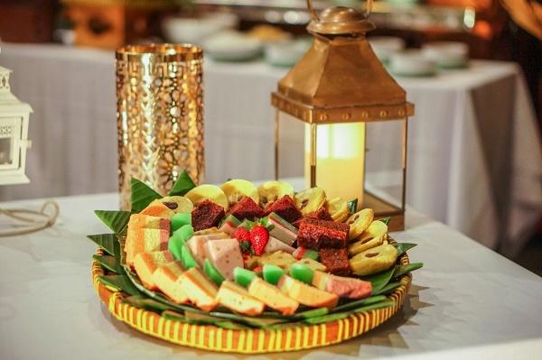 Menikmati Beragam Hidangan Nusantara, Dapatkan Paket Berbuka THR