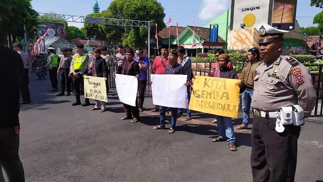Aksi Solidaritas 'Gempita' untuk Papua