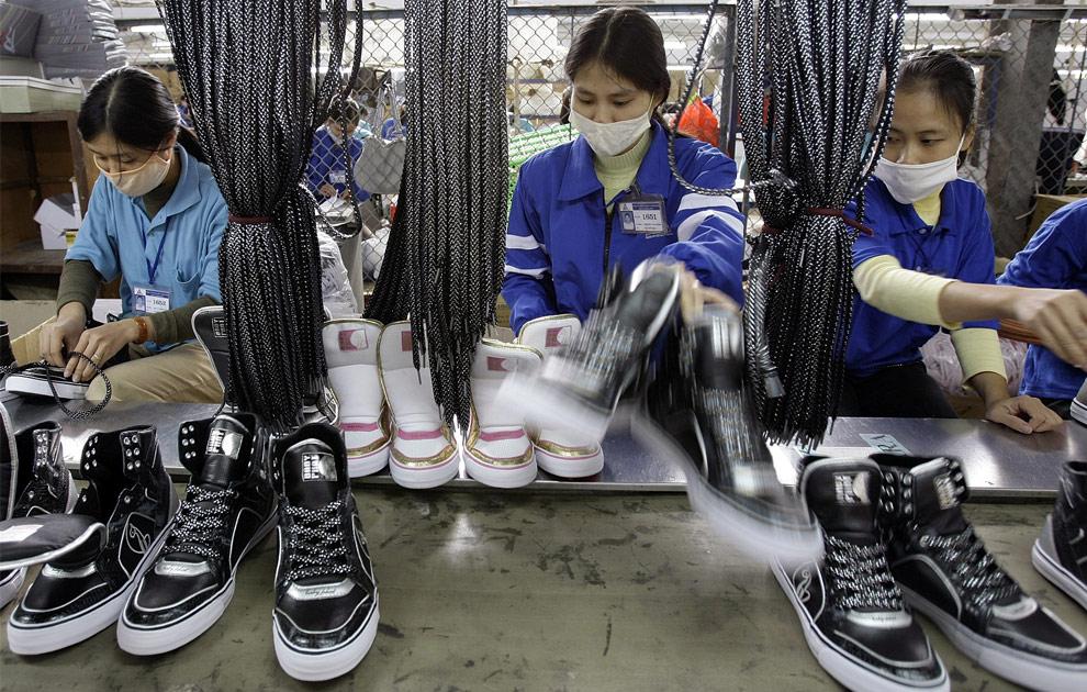 Lowongan Kerja Pabrik Di Sidoarjo 2013 Lowongan Kerja Smk Terbaru Depnaker Agustus 2016 Com Perusahaan Sepatu Di Surabaya Membuka Lowongan Kerja Terbaru Di