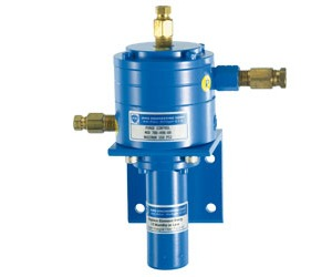 differential pressure transmitter with purge control for downpipe measurement