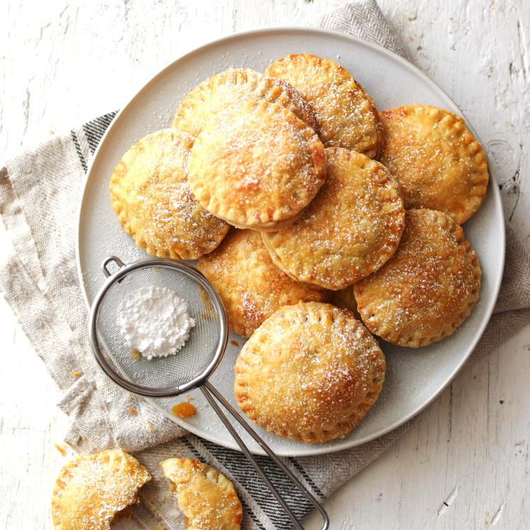Receta para preparar pastelitos  de piña y chayota al horno