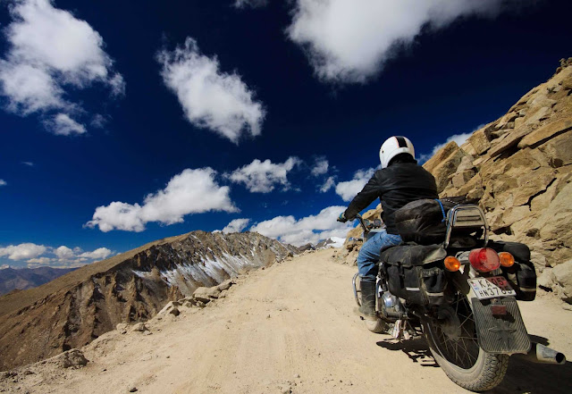 AMAZING TRIP OF LADAKH DURING BIKE RIDES, LADAKH TOURISM