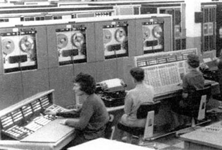 Sejarah Perkembangan Internet di Dunia