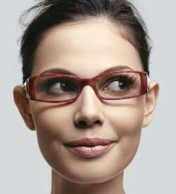 323dc33a8e3e8 Variedades para mulher.....  Tipo ideal de óculos para seu formato ...