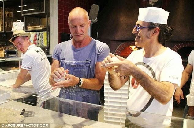 backblog Sting e Paolo Rossi imparano a fare la pizza