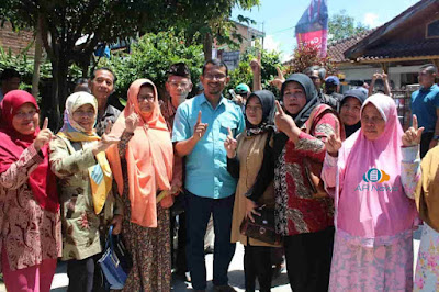 Warga Tarogong Sambut Antusias Kampanye dr. Helmi Budiman