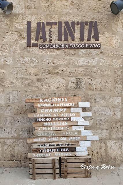 Bar Latinta, Toro