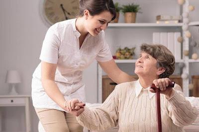 cuidadores de adultos mayores