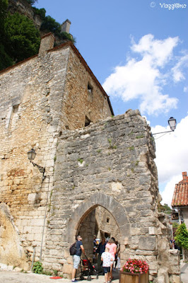Una delle porte di accesso al borgo di Rocamadour