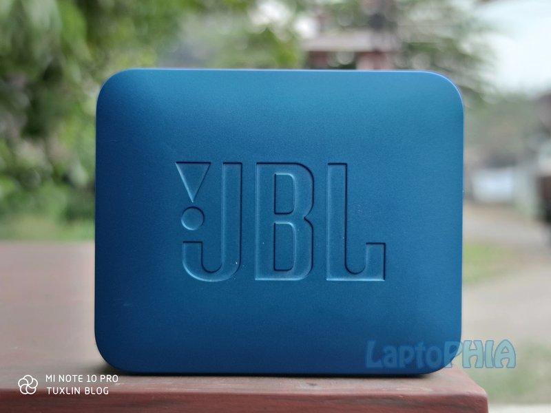 Desain JBL Go 2