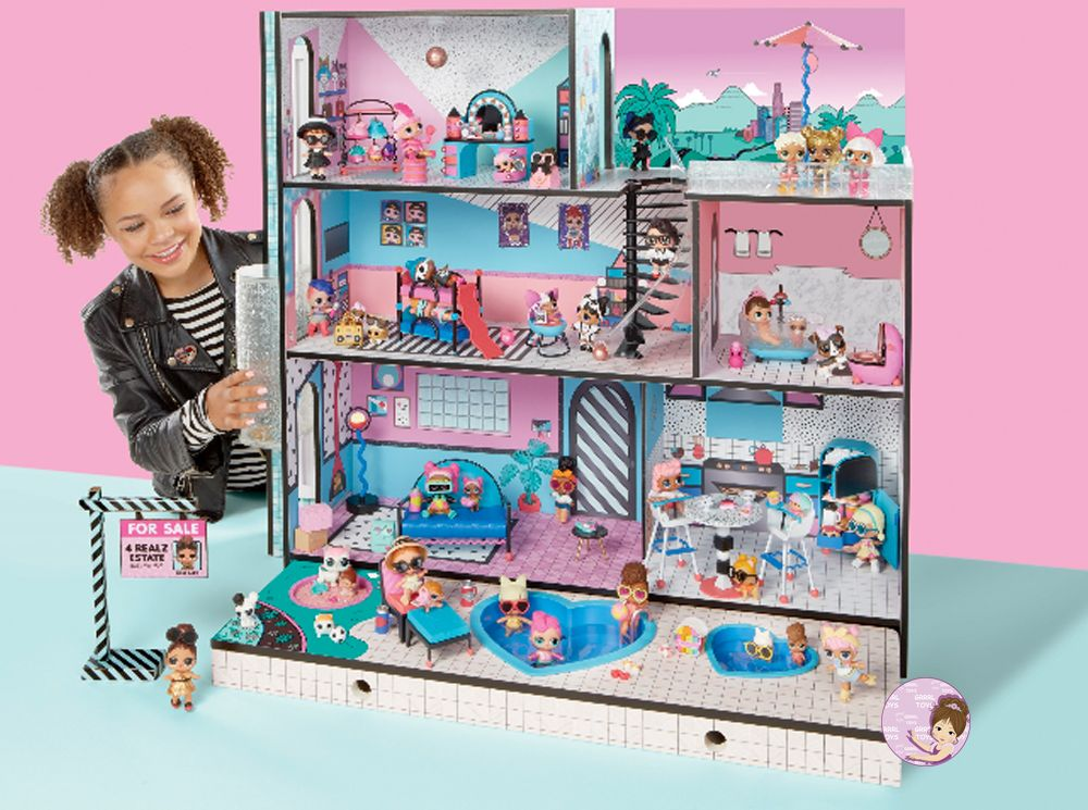 New Family Moves Into L O L Surprise Doll House In 2019