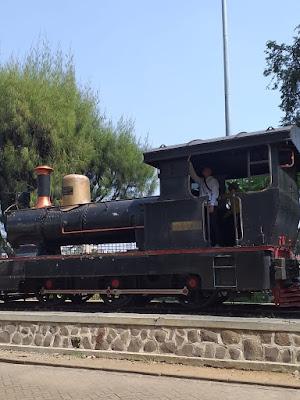 Naik kereta ekonomi dari Jakarta ke Surabaya
