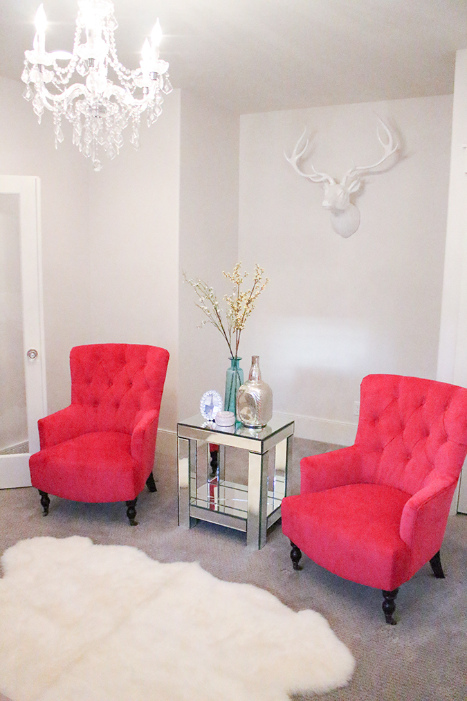 A slice of style the best deals new fuchsia chairs in - Accent chairs in living room ideas ...