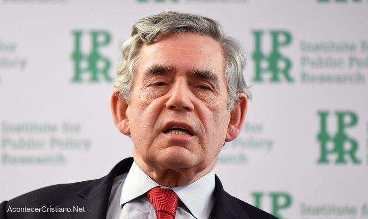 Gordon Brown llama a un gobierno mundial