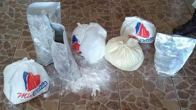 Mulheres são detidas durante desarticulação de laboratório de drogas em Camaçari