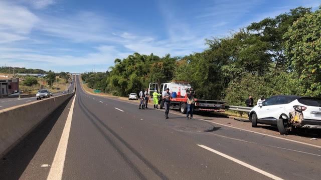 Acidente de trânsito envolve cinco veículos e deixa três pessoas feridas na Rodovia Raposo Tavares, em Álvares Machado