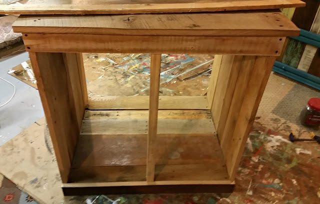 farmhouse hutch, barnwood, reclaimed wood, build it, http://goo.gl/EQu844