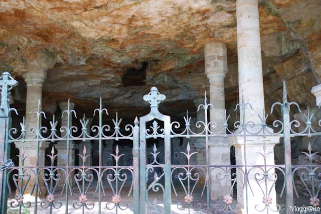 La cappella della natività nella Roccia lungo la Via Crucis di Rocamadour