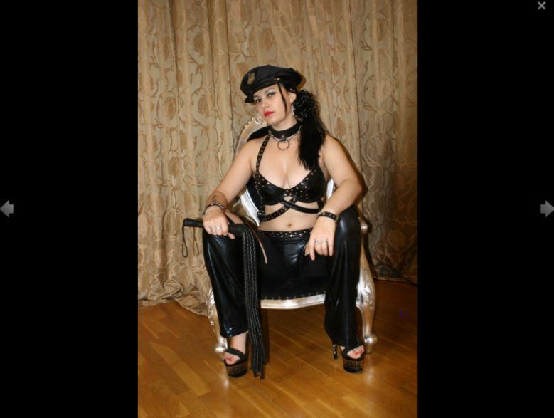Mistress Ravenna Model Skype