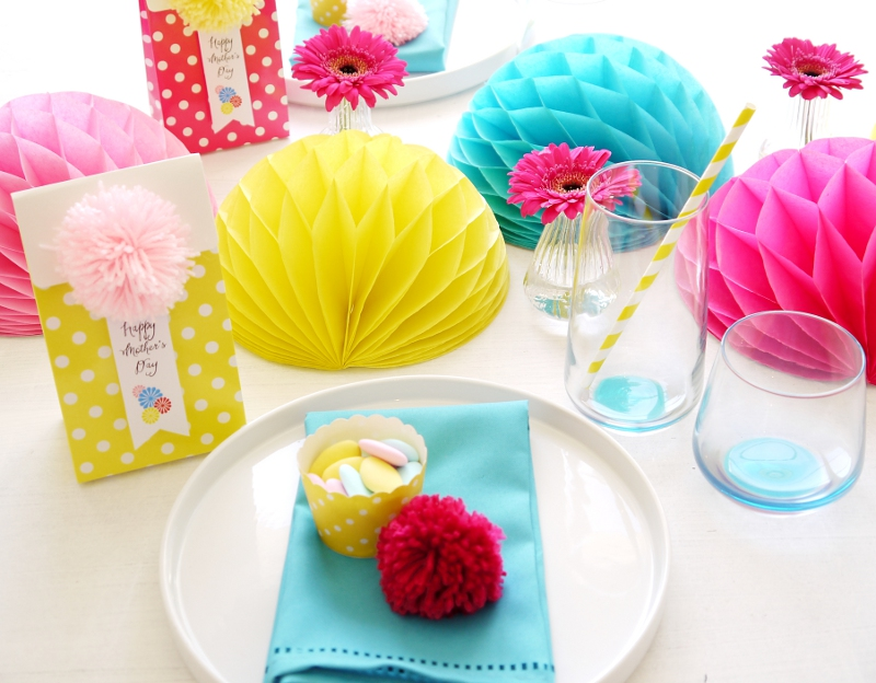 Mother's Day Color Pop Tablescape Centerpiece DIY Mother's Day Color Pop Party Favors and DIY Gifts - BirdsParty.com