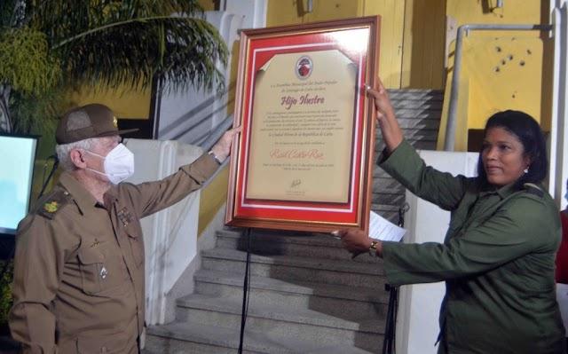 Raúl Castro es reconocido como hijo ilustre de Santiago de Cuba