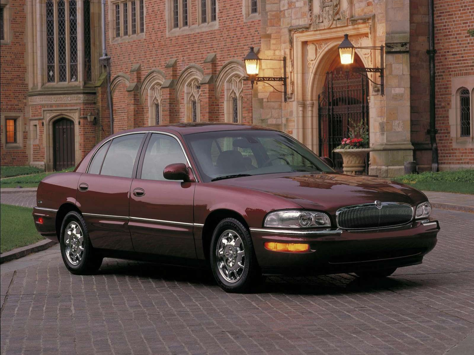 Buick Park Avenue Ultra on 2001 Buick Lesabre