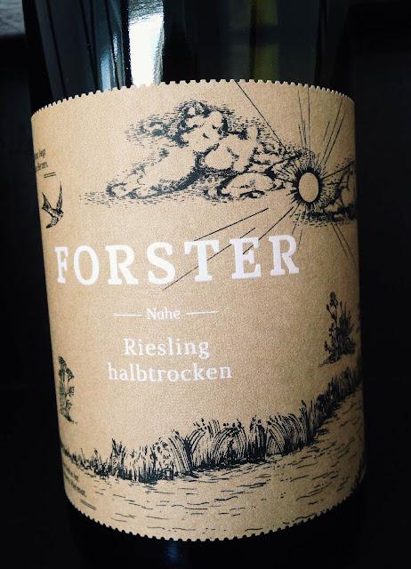 Riesling halbtrocken Weingut Forster