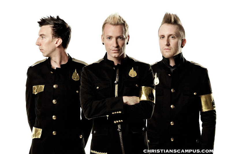 Thousand Foot Krutch - Live at the Masquerade 2011 Band members ultra hq wallpaper download