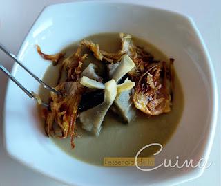 Crema Carxofes, Xips de Carxofa, Carxofes bullides, Verdura, l'essència de la cuina, blog de cuina de la sónia, Crema de Alcachofa