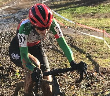 El Club Ciclista Meruelo consiguió dos Campeonatos y seis medallas en el Ciclocross de Torrelavega