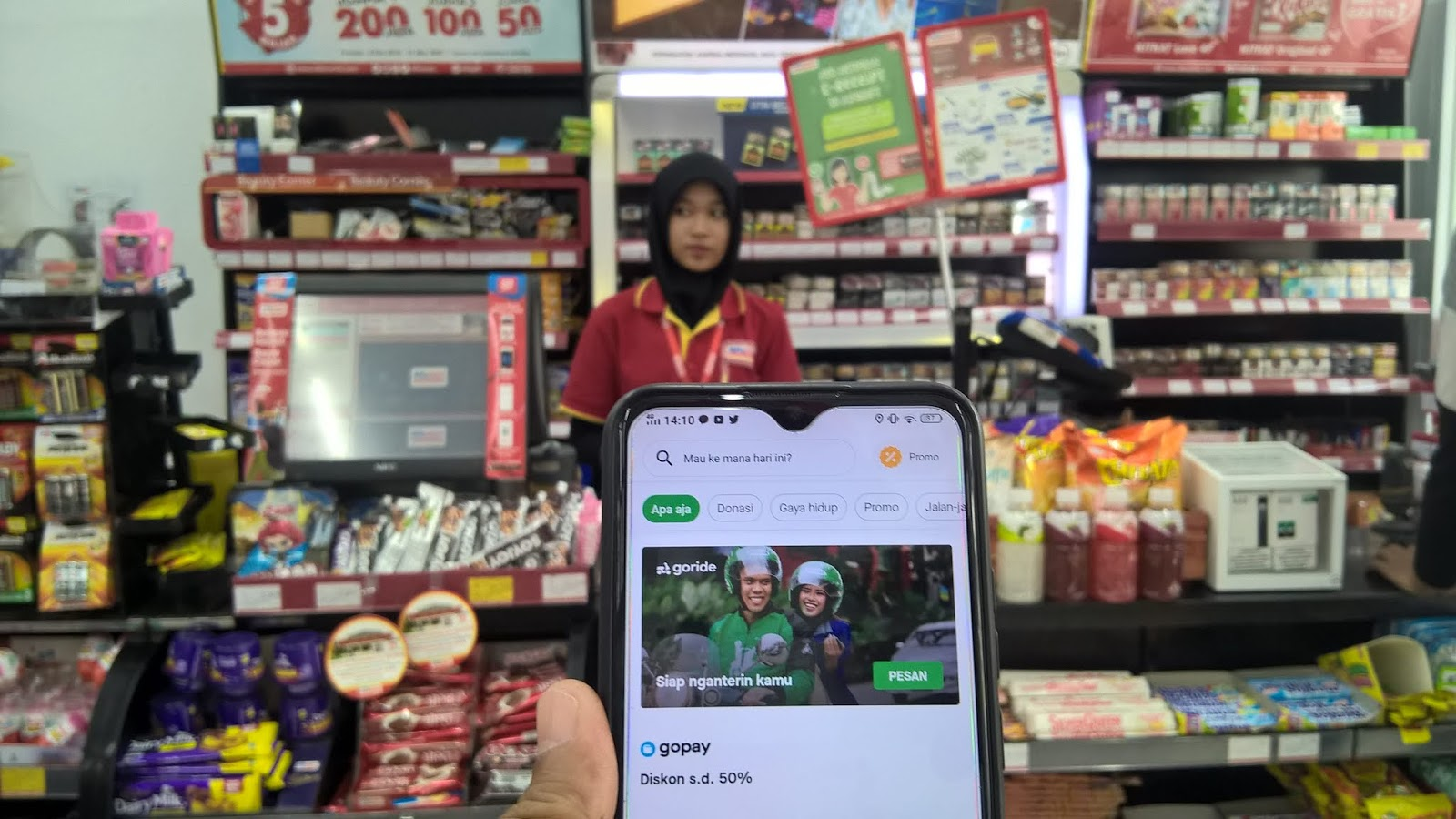 Isi Top Up Gopay di Minimarket