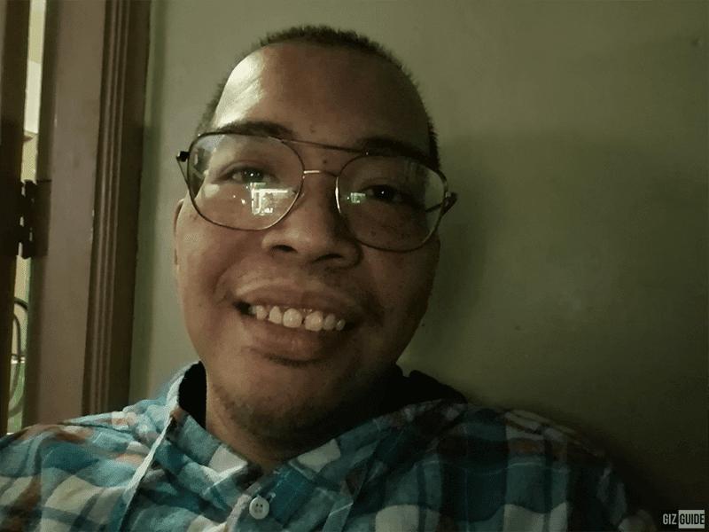 Selfie Night Mode, no fill light