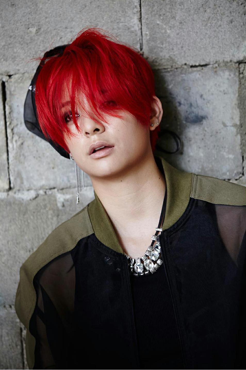 Check out the BTS pictures from f(x)'s 'Red Light' and ... F(x) Amber Red Light