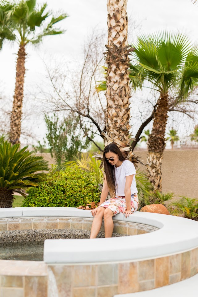 floral pencil skirt, las vegas travel blog, pool outfit, summer ootd