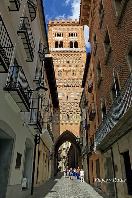 Exterior de la Torre de El Salvador, Teruel
