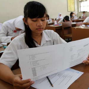 Nasib Guru Honor SMA/SMK Belum Jelas