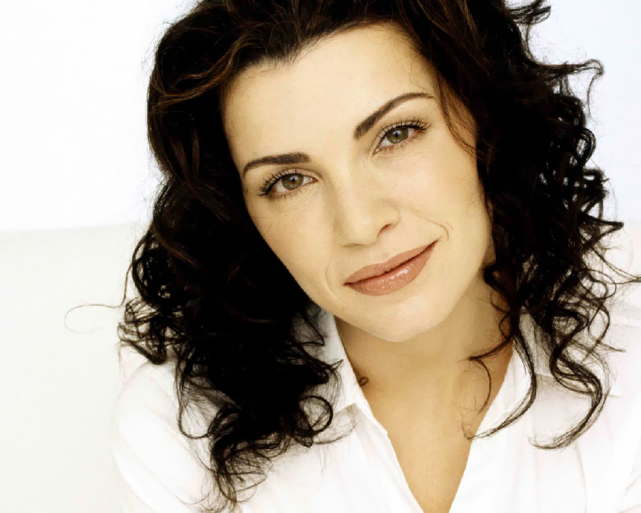 Julianna Margulies Quotes 50 Wallpapers: Chatter Busy: Julianna Margulies Quotes