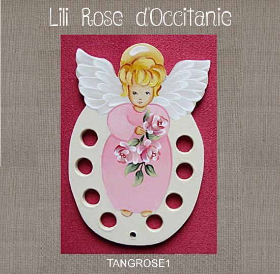 """Tri-fils bois peint """"Ange rose"""" pour vos fils à broder. Broderie et point de croix"""