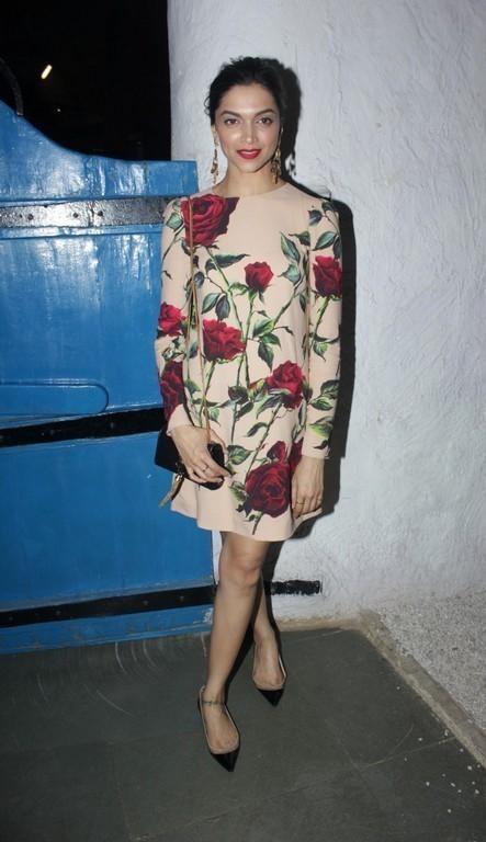Bollywood Actress Hot Long Legs Stills Deepika Padukone